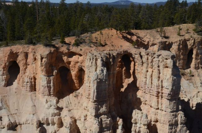 Grottos at Bryce Canyon