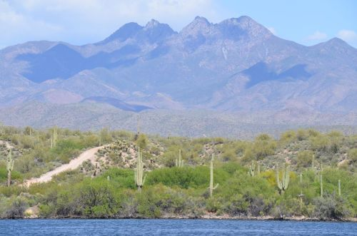 The beautiful mountains of Arizona as seen from Lake Saguaro